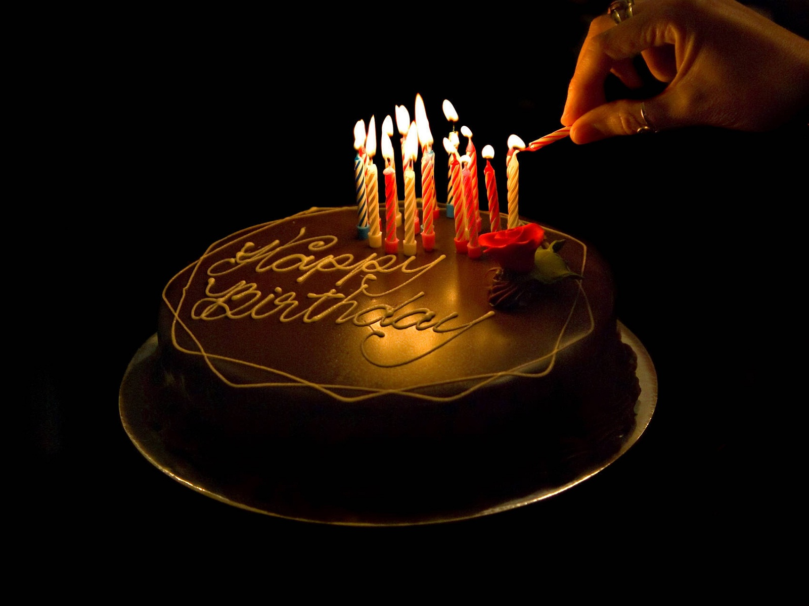 Images Of Birthday Cakes With Candles And Wishes