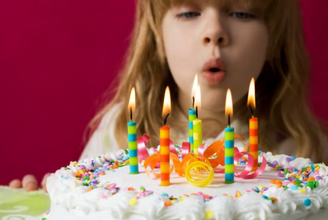 birthday cake wallpaper download