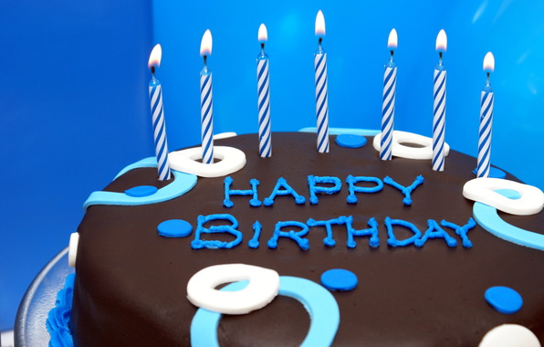 free picture of birthday cake with candles
